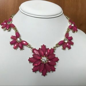 Jewelry - Hot pink floral statement necklace in gold tone